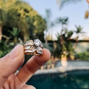 Beautiful Diamond Wedding Engagement Ring